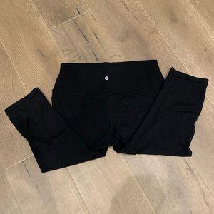 """Lululemon 18"""" Align leggings"""